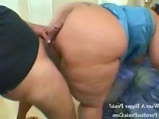 BBW Mom Doggystyle