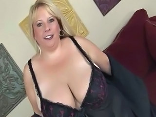 Blonde BBW-Milf with Huge Boobs