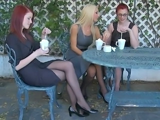 Natural Threesome Pantyhose Babe Ass Babe Outdoor Babe Panty
