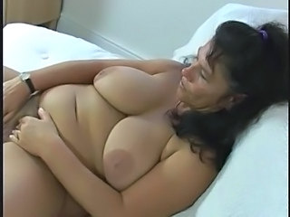 Masturbating Mature Big Tits
