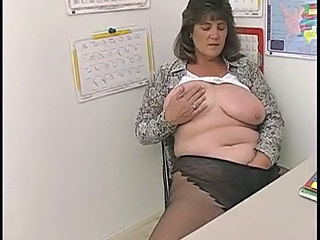 Masturbating Office Voyeur