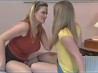 BIGTIT MOM SEDUCES BRUNETTE TEEN _: lesbians old+young teens