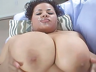 Cumshot Facial Latina