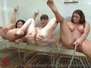 Sexy babes love to squirt