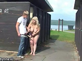 Farm Outdoor Natural Bbw Blonde Bbw Mom Bbw Tits