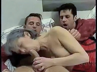 Threesome Mom Blowjob Old And Young