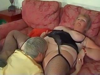 Licking BBW Old And Young Bbw Blonde Bbw Mom Blonde Mom