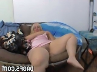 SSBBW Masturbating Amateur