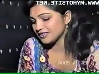 Desi Homemade Blue Film [Indian Classic XxX Movie] free