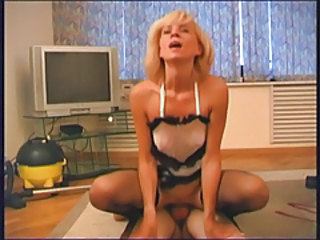 RUSSIAN MOM 13 mature with a young man Stream Porn