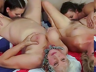Family Licking Groupsex Family Group Teen Hairy Teen