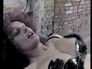 Latex German MILF German Milf Nemtoaica De epoca Nemtesc