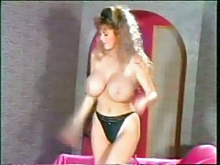Retro 80s babe in a sexy striptease tubes