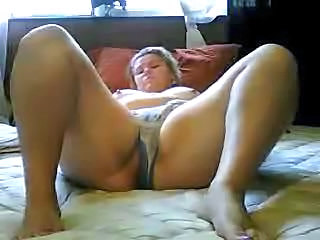 BBW Girlfriend Masturbating