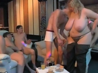 Big Tits Groupsex Mature