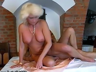 Blonde mature granny gets down roughly suck