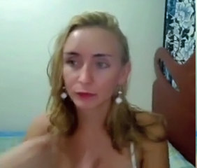 Blonde shemale on Webcam