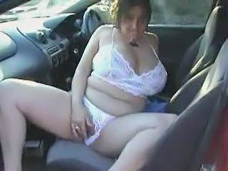 Busty Bbw Girl Claire Cums In Her Car