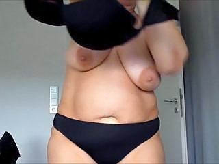 Mature Panty Saggytits