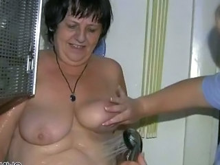 Showers BBW Saggytits Bbw Tits Shower Tits