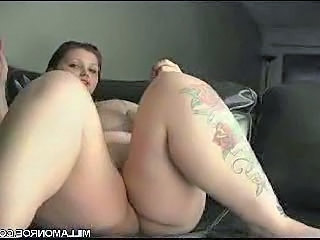 Tattoo BBW Masturbating