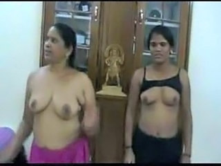 Dancing Mature MILF Indian Mature
