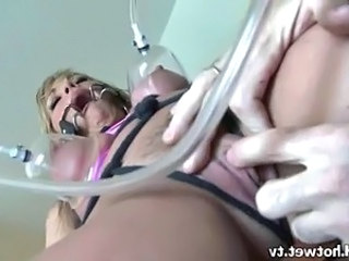 A Beautiful Housewife Gets Various Suckers