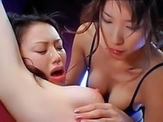 Japanese girls kiss1160