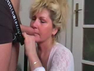 Blowjob Mature Mom Blonde Mature Blonde Mom Blowjob Mature