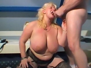 Blonde BBW Big Tits