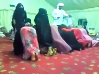 Arab Dancing Amateur Amateur Arab
