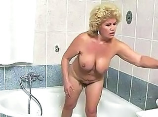 Pornstar Bathroom Chubby Bathroom Bathroom Tits Big Tits