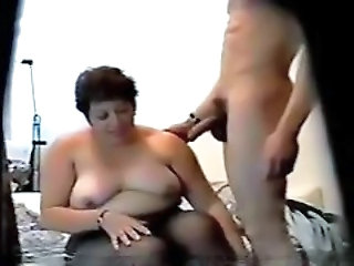 Mature In Hidden Cam R20