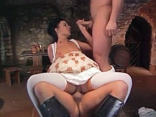 BarMaid fucked by two Musketeers