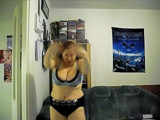 Amateur Chubby Dancing