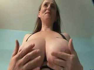 "Big Breasted Granny in Stockings Fingers Pussy"" class=""th-mov"