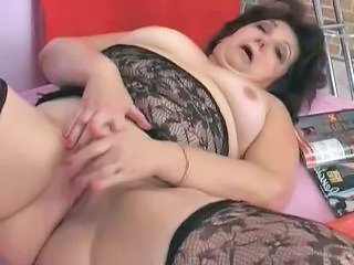 "Big Butt Granny is very Horny - 15"" class=""th-mov"