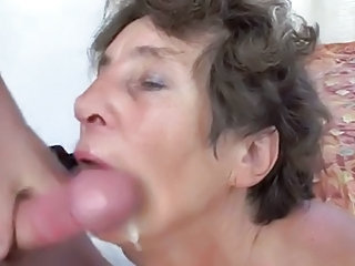 Granny gives bug and acquire fucked hard