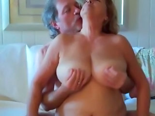 Older Big Tits Nipples Amateur Amateur Big Tits Amateur Chubby