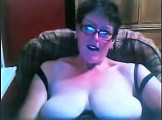Granny in a Webcam R20