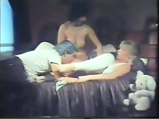 Groupsex Licking Vintage Ass Licking