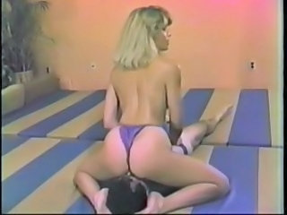 Ass Sport Facesitting Milf Ass Wrestling