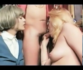 Threesome MILF Vintage Blowjob Milf Milf Blowjob Milf Threesome