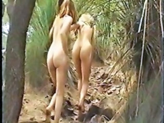 "Naked Hiking - 3 Chicks"" target=""_blank"