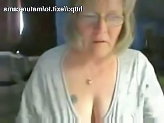 Solo Glasses Webcam Fingering Glasses Busty Granny Busty