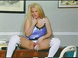 British MILF Kirstyn Halborg in several solo