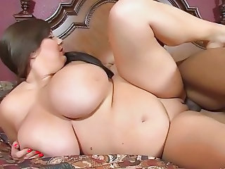 Shaved BBW Big Tits