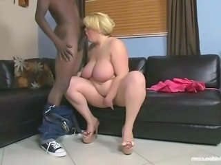 Swallow Deepthroat Interracial