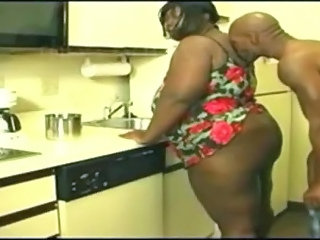 Kitchen Ebony Wife