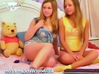 Teen Twins on Webcam!...